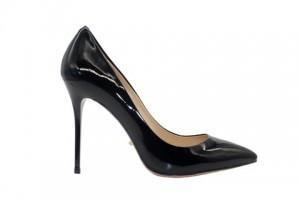 Angelina Voloshina туфли черные из лакированной кожи 10 см каблук. Мыс – острый. Артикул 3318.