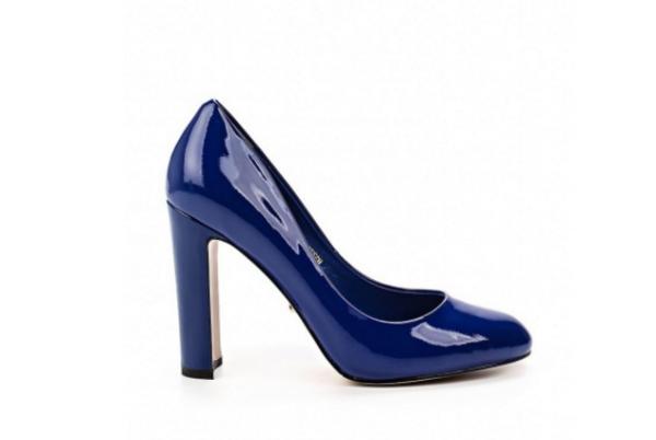 Angelina Voloshina туфли синие из натуральной лакированной кожи на толстом каблуке в интернет-магазине www.dressex.ru